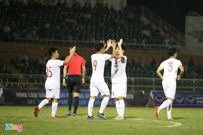 U19 Viet Nam gianh chien thang 4-1 truoc Guam tai vong loai chau A hinh anh 3