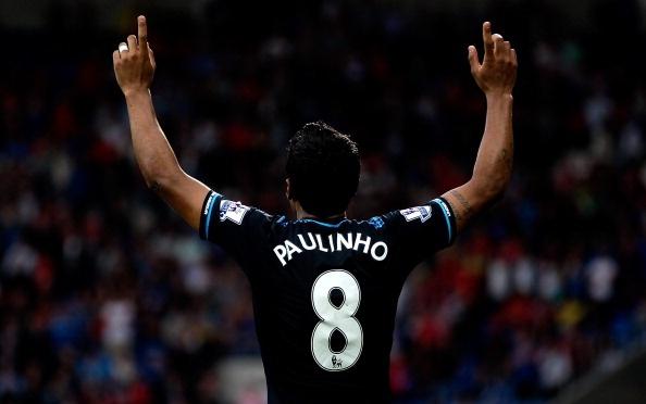 Cu danh got sieu di cua Paulinho giup Tottenham 'thoat chet' hinh anh