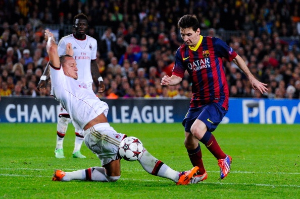 Messi lap cu dup, Barca de dang de bep Milan hinh anh