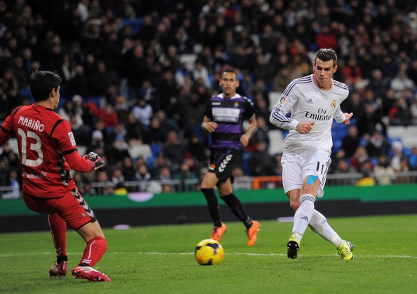 Bale lap hat-trick dau tien trong ngay Ronaldo vang mat hinh anh 2