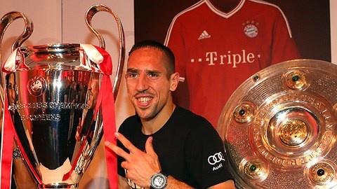 Ribery: Khong co bong da, toi chi la ga ngheo kiet xac hinh anh