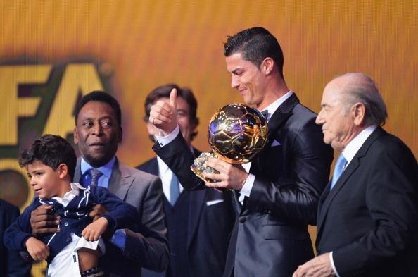 Gia tri thuong hieu cua Ronaldo tang manh nho QBV hinh anh