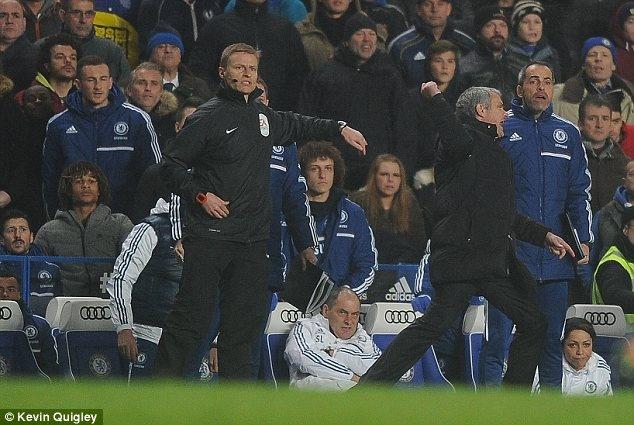 Mourinho noi dien vi hoc tro khong ghi ban sau 39 cu sut hinh anh