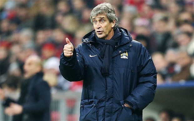 HLV Pellegrini bi treo quyen chi dao trong tran gap Barca hinh anh