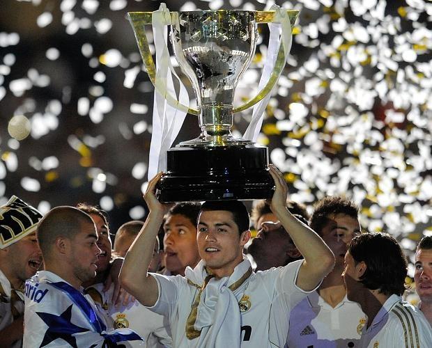 Cua vo dich La Liga cua Ronaldo cao hon Messi 4 lan hinh anh 1
