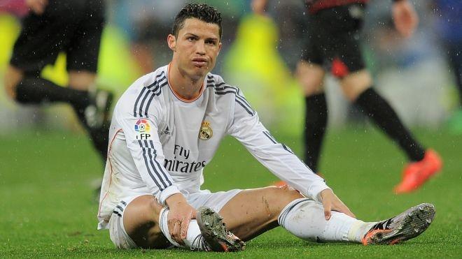 Diem tin 16/4: Chan thuong cua Ronaldo co dau hieu xau di hinh anh