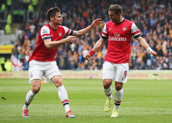 Hull City 0-3 Arsenal: Podolski ruc sang hinh anh
