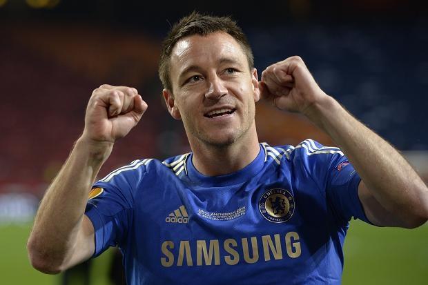 Liverpool, Man City chiem linh doi hinh NH Anh 2013/14 hinh anh 4 Ở tuổi 33, Terry vẫn sở hữu đầy đủ phẩm chất của một trung vệ hàng đầu thế giới. Những pha tranh chấp quyết đoán và chính xác của lão tướng người Anh giúp Chelsea 8 lần thoát khỏi bàn thua trông thấy. Ở mùa này, Terry cũng có 2 bàn thắng sau những lần lên tham gia tấn công.