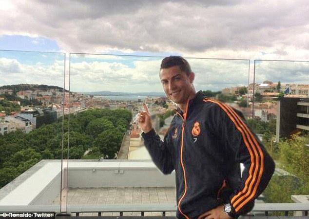 Nguoi dan Lisbon chay het minh cung Ronaldo hinh anh 9