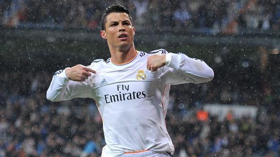 Huyen thoai M.U va Real che Ronaldo ich ky hinh anh