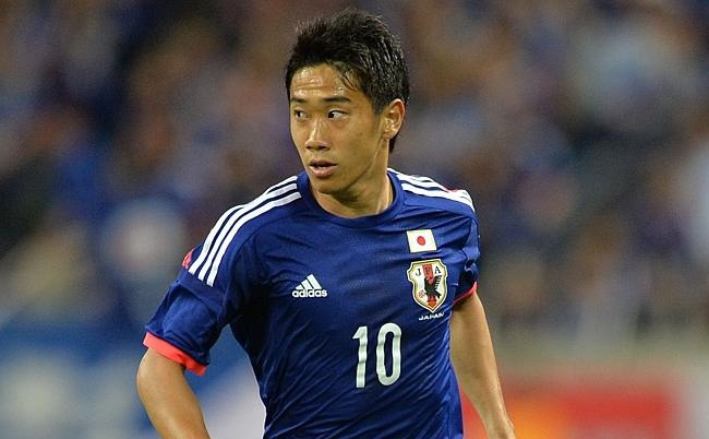 Danh sach rut gon cua 32 doi tham du World Cup hinh anh 12 Tiêu điểm: Shingi Kagawa là niềm tự hào của châu Á khi anh đầu quân cho CLB hàng đầu thế giới, Manchester United, bên cạnh hai ngôi sao khác là tiền đạo Shinji Okazaki (Mainz) và Keisuke Honda (AC Milan). Đáng chú ý, tiền đạo lão tướng Yoshito Okubo cũng có tên trong lần triệu tập này.