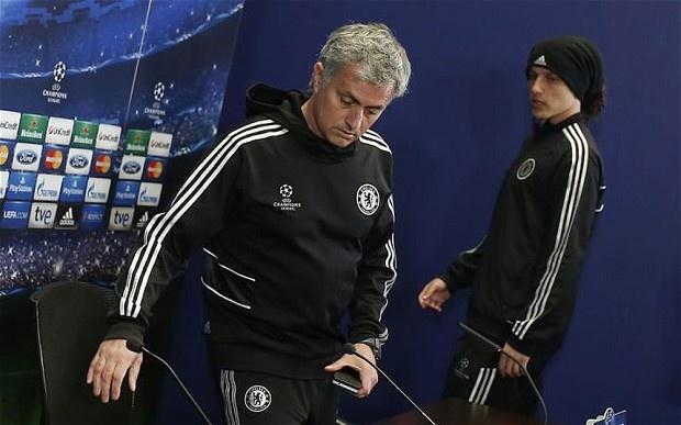 Diem tin 3/8: Mourinho si nhuc David Luiz hinh anh
