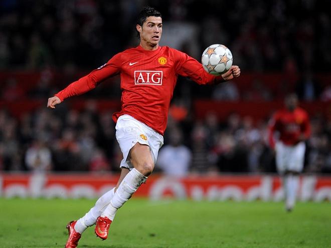 Wenger an han ca doi vi Cris Ronaldo hinh anh 1