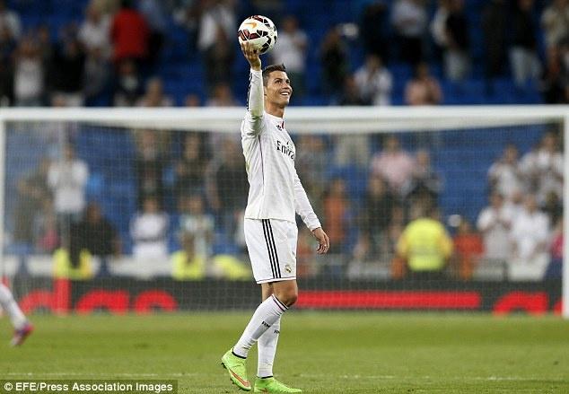 Ancelotti len ke hoach de Ronaldo da o vi tri so 9 hinh anh