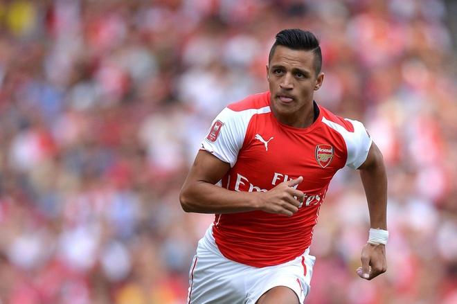 10 cau thu ngoai dang chu y nhat Premier League tu dau mua hinh anh 7 Alexis Sanchez đang dần hòa nhập với môi trường Premier League sau hai trận đầu bỡ ngỡ. Tuyển thủ người Chile ghi 2 bàn sau 11 cú sút, kiến tạo cho đồng đội 1 lần sau 6 trận.