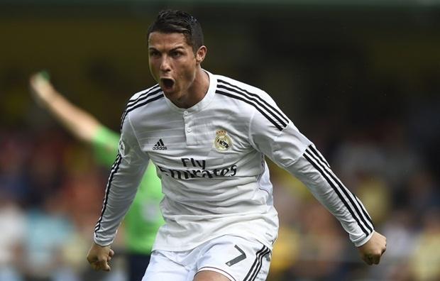 Ronaldo lai vuot Messi trong cuoc chien danh hieu hinh anh