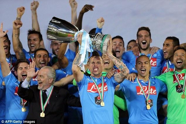 Ha Juventus o loat 11 m, Napoli dang quang Sieu cup Italia hinh anh