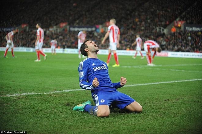 Ket qua dem qua: Chelsea vung ngoi dau, Napoli doat Sieu cup hinh anh