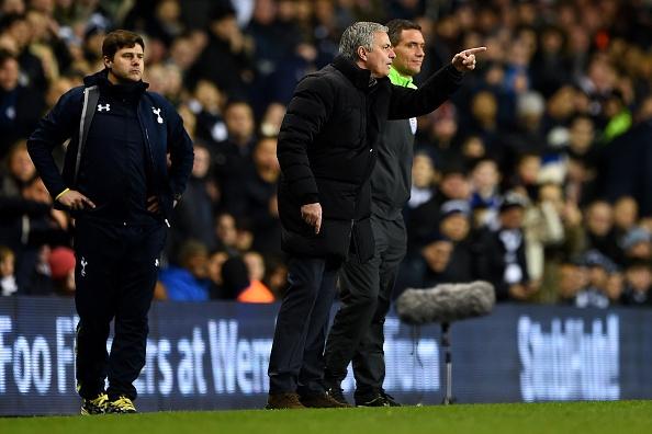 Tottenham 5-3 Chelsea: Mourinho noi dien va chet lang hinh anh
