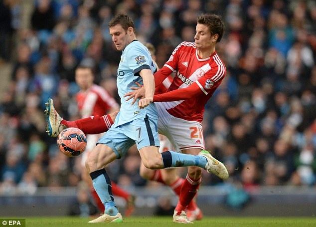 9 ngoi sao co the gia nhap NH Anh cuoi ky chuyen nhuong hinh anh 6 Bản hợp đồng giữa Milner và Man City sẽ đáo hạn vào cuối mùa giải này, song ngôi sao 29 tuổi lại không chịu ký vào bản giao kèo mới với nhà ĐKVĐ Premier League. Nếu không muốn mất trắng Milner, Man xanh cần bán anh ngay trong tháng 1. Hiện Liverpool là đội muốn nhận được sự phục vụ của tuyển thủ Anh nhất.