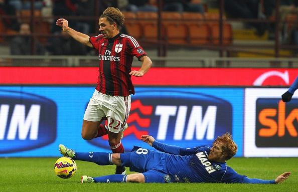 20 ban hop dong dang chu y hoan tat trong thang 1/2015 hinh anh 3 3. Muốn có được sự phục vụ của Torres, Atletico Madrid phải chấp nhận để ngôi sao chạy cánh Alessio Cerci tới AC Milan theo diện cho mượn.