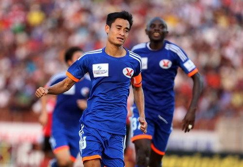 HAGL 1-2 Quang Ninh: Minh Tuan ghi dau trong ngay tro lai hinh anh