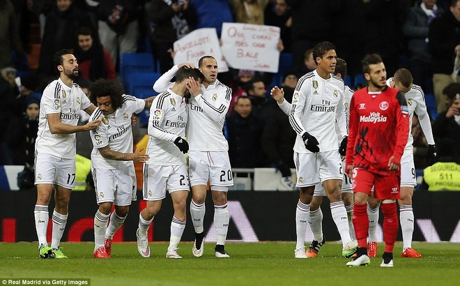 Ha Sevilla 2-1, Real gia tang cach biet voi Barca len 4 diem hinh anh 15