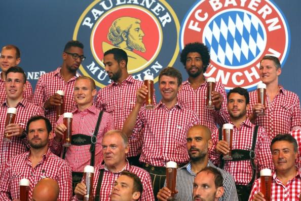 Bayern Munich - doi tac trung thanh cua hang bia Duc hinh anh
