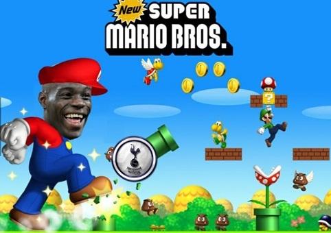 Anh che Balotelli ghi ban va Marco Reus gia han voi Dortmund hinh anh