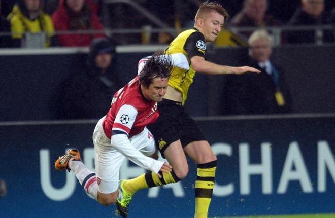 Reus trưởng thành từ lò đào tạo trẻ của Dortmund khi còn là một cậu bé 7 tuổi. Tại đây anh có cơ hội chiêm ngưỡng tài năng của tiền vệ Tomas Rosicky trong giai đoạn tuyển thủ CH Czech thi đấu cho đội bóng vùng Ruhr (2001-2006).