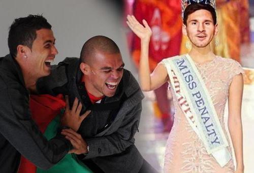 Anh vui Ronaldo che gieu Messi da hong penalty hinh anh