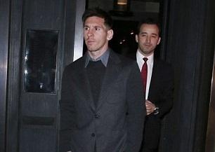 Messi sang London danh bac sau khi lap ky luc tai La Liga hinh anh