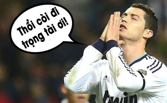 Anh che Ronaldo cau mong trong tai ket thuc tran gap Schalke hinh anh