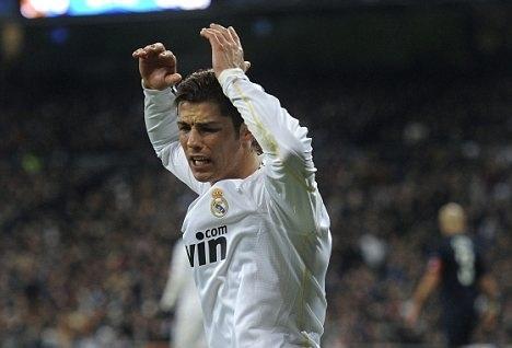 Huyen thoai Real chi trich tinh kieu ngao cua Ronaldo hinh anh