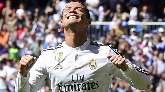 Doi hinh trong mo ket hop giua La Liga va Ngoai hang Anh hinh anh 11 Ronaldo đang trải qua mùa giải thăng hoa. Siêu sao người Bồ Đào Nha hiện dẫn đầu danh sách ghi bàn tại La Liga với 37 pha lập công, hơn Messi 4 bàn và hơn hàng công của 4 đội bóng dẫn đầu Premier League hiện nay.