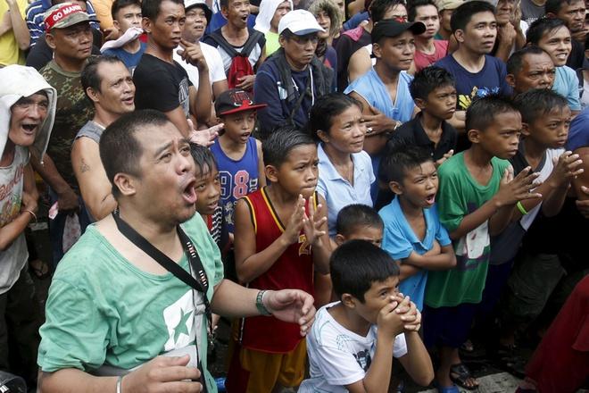 Nguoi dan Philippines do ra duong co vu Pacquiao hinh anh 7