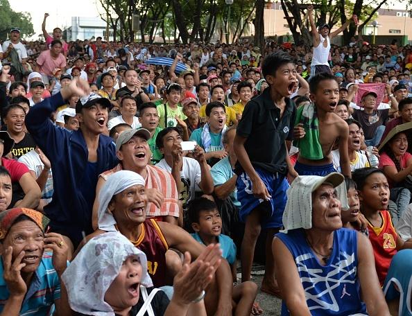 Nguoi dan Philippines do ra duong co vu Pacquiao hinh anh 9