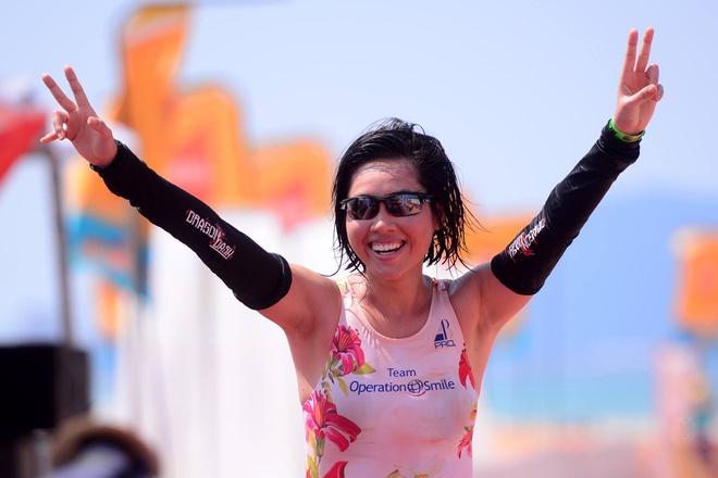 VNG Ironman 70.3: Nhieu VDV Viet Nam ve dich hinh anh