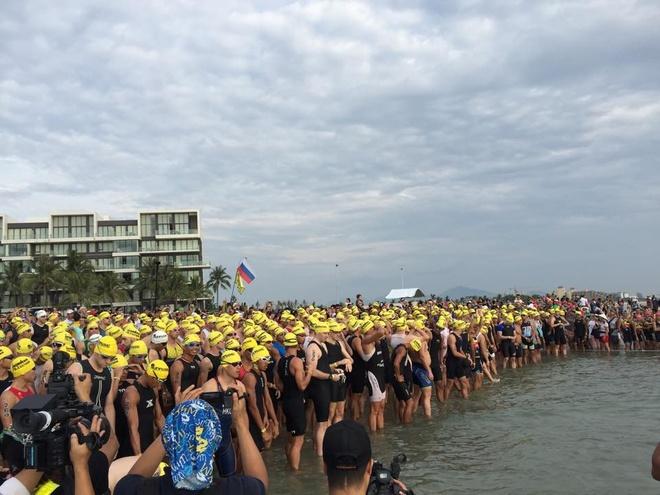 VNG Ironman 70.3: Nhieu VDV Viet Nam ve dich hinh anh 2