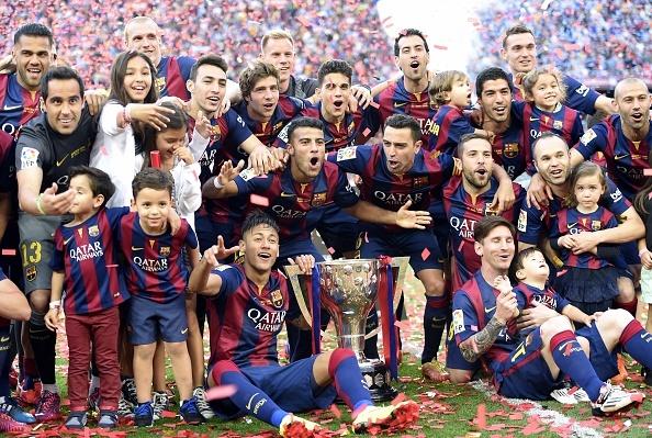 Messi lap cu dup cho Barca, Juve ha Napoli 3-1 hinh anh