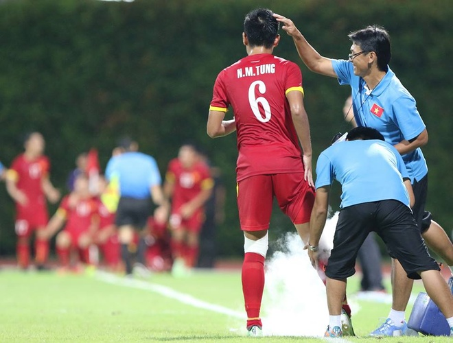 Tan Tai ve nuoc, U23 VN them cau thu chan thuong hinh anh