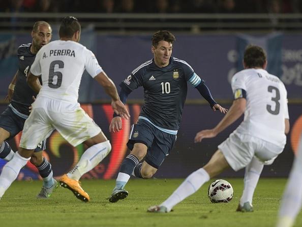 Argentina 1-0 Uruguay: Sergio Aguero toa sang hinh anh 17