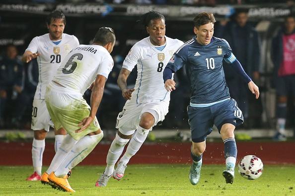 Diem tin 17/6: 'Uruguay khong muon da khi dung Argentina' hinh anh 1