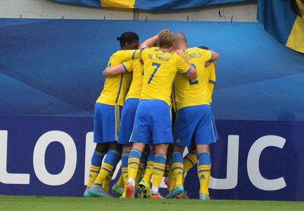 Tong hop tran dau: U21 Italy 1-2 U21 Thuy Dien hinh anh