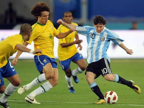 Argentina co the dung Brazil tai ban ket Copa America hinh anh
