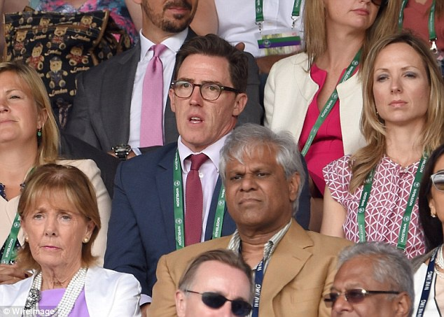 Cam xuc cua sao noi tieng khi du chung ket Wimbledon hinh anh 17
