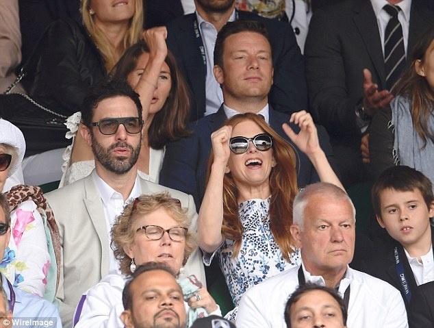 Cam xuc cua sao noi tieng khi du chung ket Wimbledon hinh anh 18