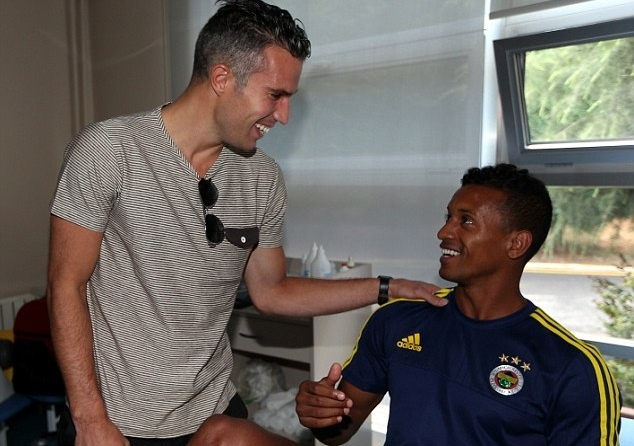 Van Persie, Nani sap co co hoi the hien tai Champions League hinh anh