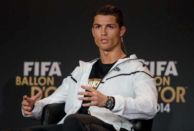 Ronaldo khong tu tin gianh Qua bong vang FIFA 2015 hinh anh