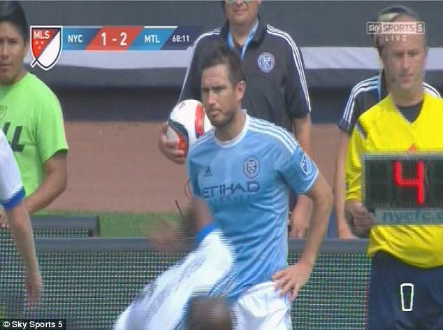 New York City thua 2-3 du Lampard, Pirlo va Villa ra san hinh anh